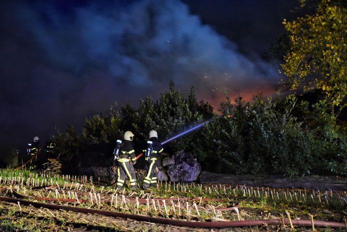 Grote uitslaande brand in Oisterwijk