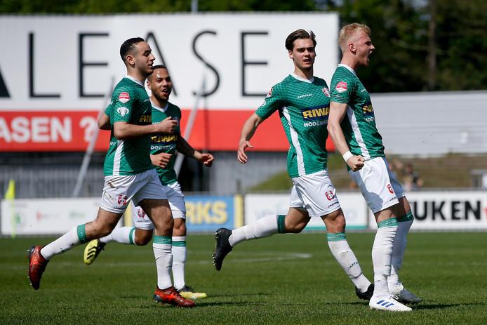 FC Dordrecht begint het nieuwe seizoen tegen degradant NAC Breda.