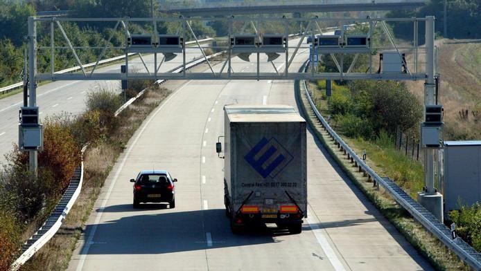 Voor vrachtverkeer geldt al sinds 2003 een tolheffing.