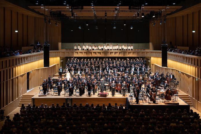 Phion, orkest van Gelderland en Overijssel.