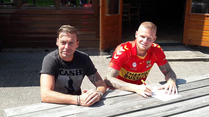 Aan de zijde van technisch manager Paul Bosvelt, ondertekende Thomas Verheydt vorig jaar zomer een tweejarig contract bij Go Ahead Eagles. Na één seizoen verkast de spits echter naar Almere City FC.