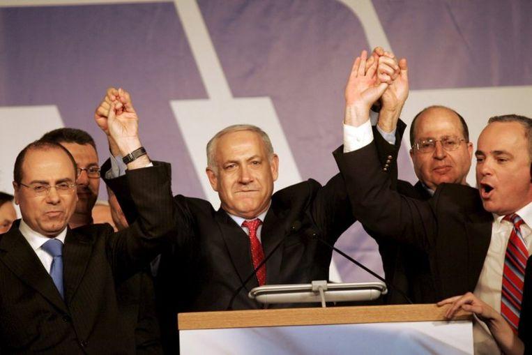 Netanyahu (foto) relativeerde de kleine voorsprong van Kadima. ''Waar het om gaat is de werkelijkheid. Vanaf vandaag beschikt het rechtse blok over een absolute meerderheid in de Knesset.'' Foto EPA/Yossi Zamir Beeld
