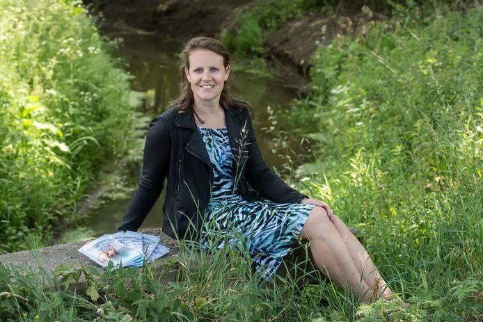 Jessica Verhoeven uit Moergestel schreef een boek over het overwinnen van borstkanker.
