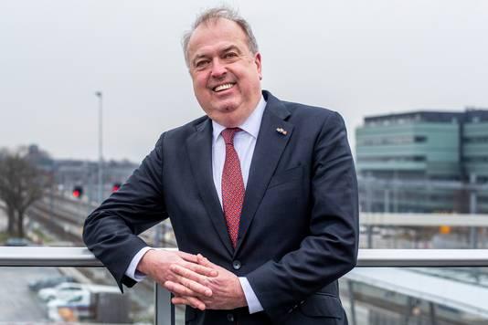 """Peter van der Velden, voorzitter van de onafhankelijke commissie chroom-6. ,,Dreigen met korten op de uitkering gebeurde met grote regelmaat."""""""