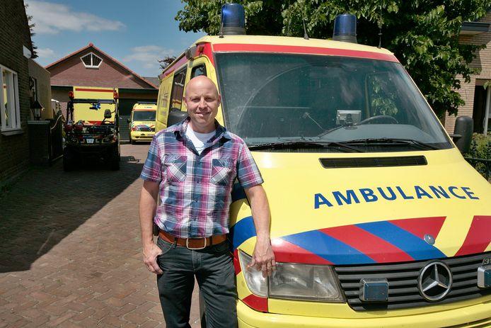 Guido van den Acker van Ambulance Event Service over aangehouden nepverpleegkundige: 'Dit soort types kom je wel vaker tegen'.