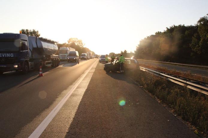 Op de A1 tussen Holten en Bathmen is vanochtend een ongeval gebeurd.