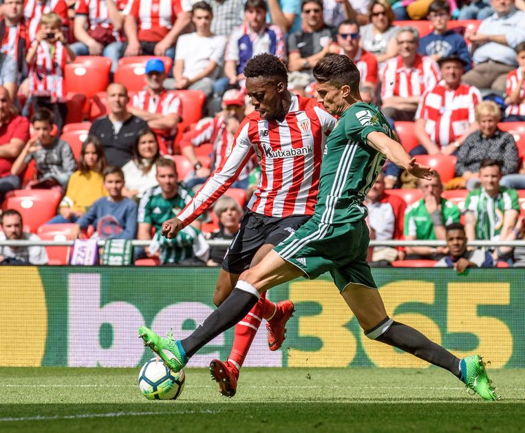 Inaki Williams (links)