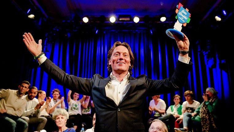 Johnas van Lammeren ontvangt de prijs in Paradiso. Beeld anp