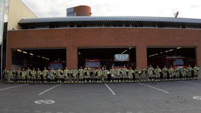 Leuvense brandweer houdt minuut stilte voor overleden Limburgse collega's en wordt zo herinnerd aan drama van 1991