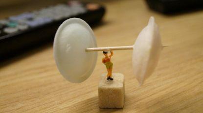 Fair Trade deelt miniatuurpoppetjes uit