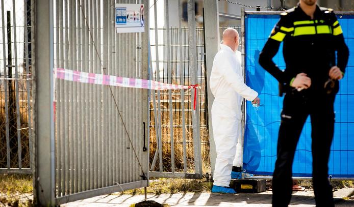 Politieonderzoek in Amsterdam, waar Reduan B. in het kantoor van zijn bedrijf werd doodgeschoten.
