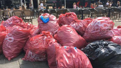 Na drie dagen staking door vuilnisophalers: zo 'gezellig' is het in Gentse binnenstad