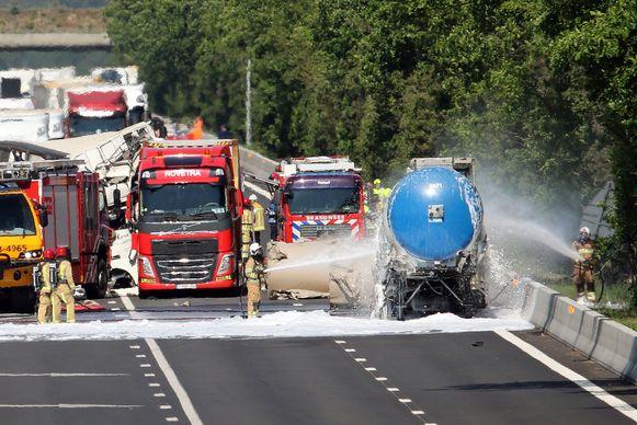 Het ongeval van gisteren zorgde voor heel wat hinder. Er viel jammer genoeg ook een dodelijk slachtoffer te bespeuren.