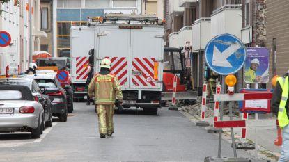 Straat uur afgesloten door gaslek bij graafwerken in Roeselare
