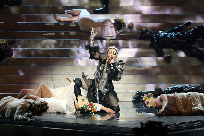 Vier maanden na de finale van het Eurovisie Songfestival spant de Israëlische publieke omroep KAN een rechtszaak aan. Het gaat niet om Madonna's valse noten, maar over onbetaalde rekeningen.