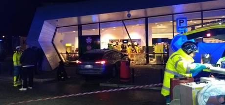 Dronken Belg rijdt tankshop binnen: Nederlander dood en 2 zwaargewond