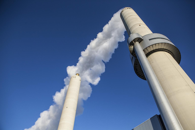 De afvalverbrandingsinstallatie van AEB in het Westelijk Havengebied.