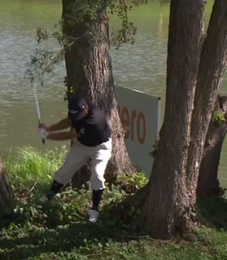 La galère d'un golfeur mal embarqué
