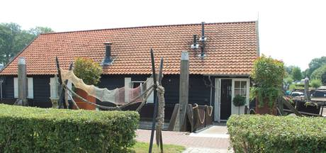 Duizenden euro's schade voor buit van 25 euro in Woudrichem