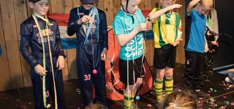 Succesvolle playbackshow bij VV Nemelaer