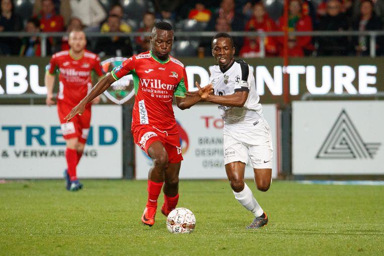 Mamadou Kone in actie tegen KV Oostende.