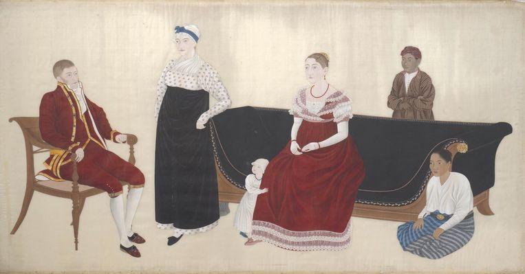 Portret van de familie Cock Blomhoff, toegeschreven aan Ishizaki Yushi, 1817. Op de canapé: Titia Cock Blomhoff-Bergsma, met haar roodblonde krullen een bezienswaardigheid in Japan Beeld Collectie Rijksmuseum