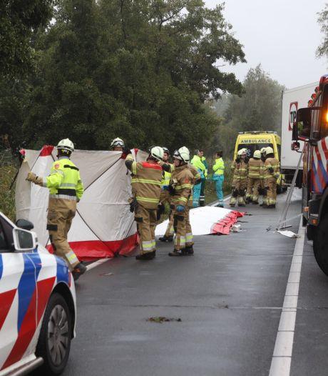 Automobilist overleden bij ongeval met auto en vrachtwagen op de Rijksweg bij Veghel