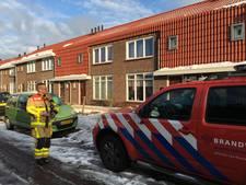 Sneeuw vernielt dakgoten in Zutphen
