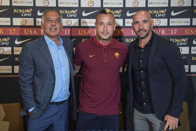 Nainggolan in Rome met eigenaar Pellotta en sportief directeur Monchi.