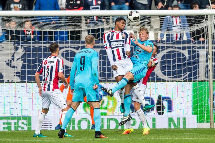 Darryl Lachman brengt koppend redding voor Willem II