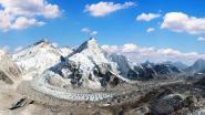 Mount Everest of 'hoogste berg ter wereld' wordt opnieuw opgemeten