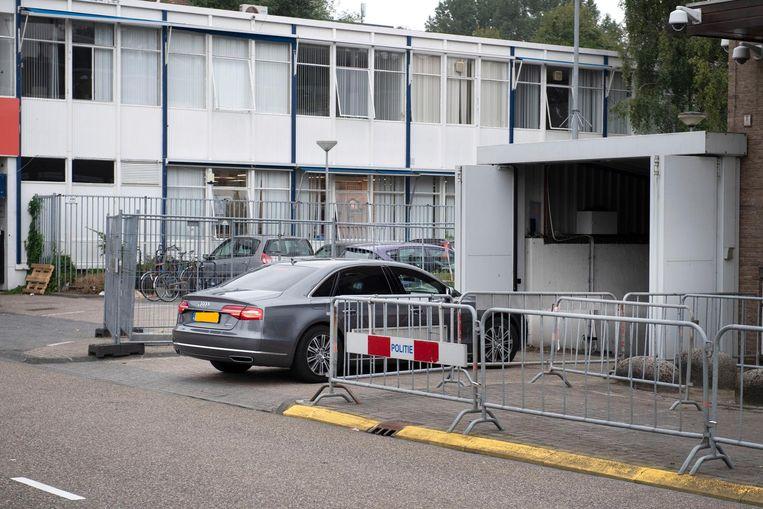 De speciaal beveiligde rechtbank De Bunker waar de strafzaak tegen Willem Holleeder wordt voortgezet. Beeld anp