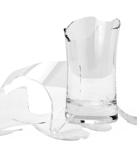 Man slaat stapper met glas in het gezicht in café in Tilburg