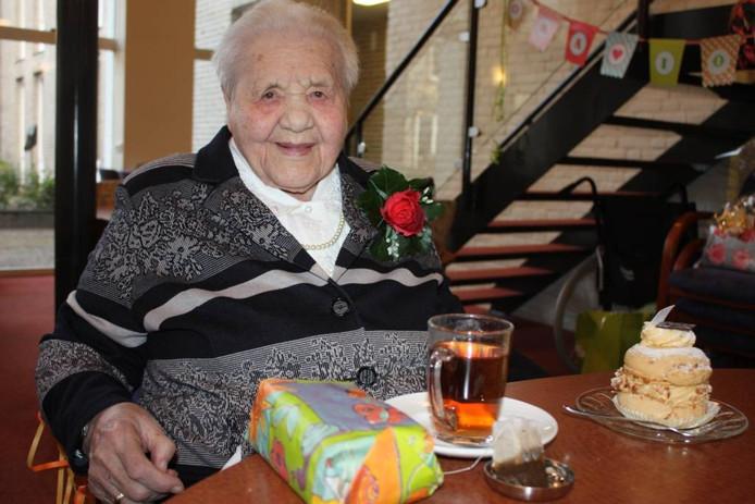 An Klein Haarhuis-Grootelaar is met haar 105 jaar de oudste inwoonster van de gemeente Tubbergen.