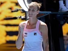Williams geeft het weg tegen Pliskova met verzwikte enkel