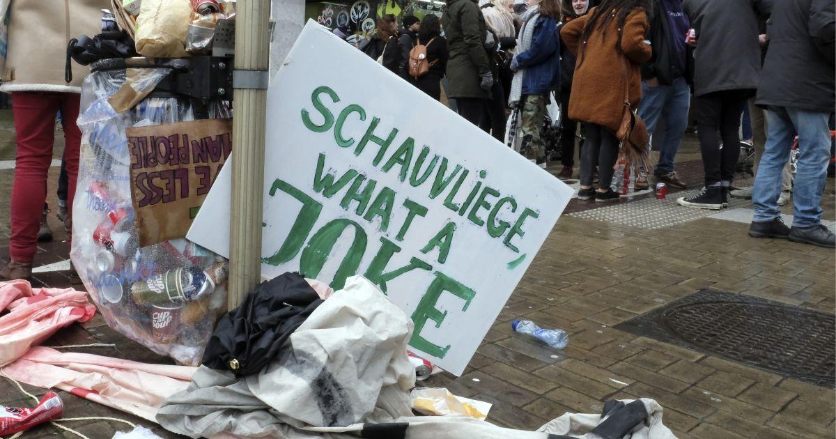 """Het rapport van de milieuministers: """"Schauvliege heeft niet gedaan wat nodig was. Dat zal ons duur te staan komen"""""""