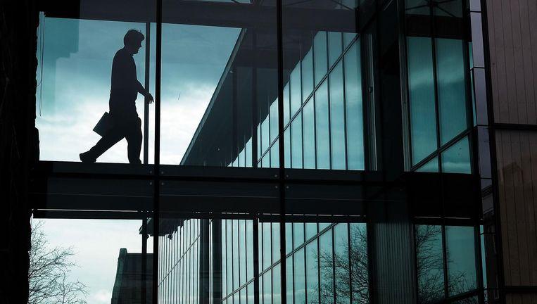 Een man in het parlementsgebouw van IJsland. Beeld getty