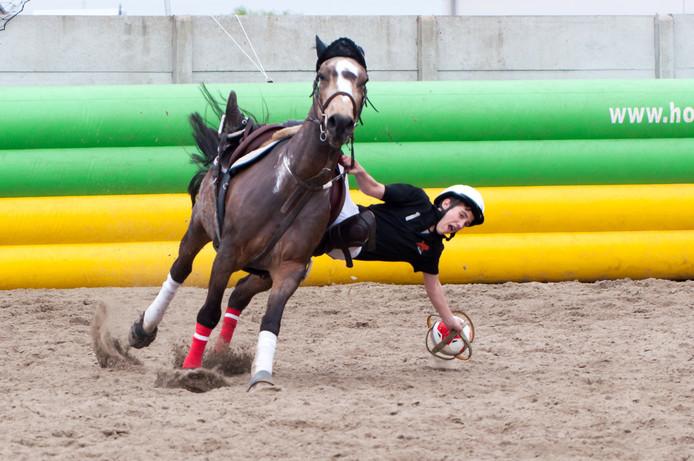 Horseball vraagt een grote lenigheid van de spelers.