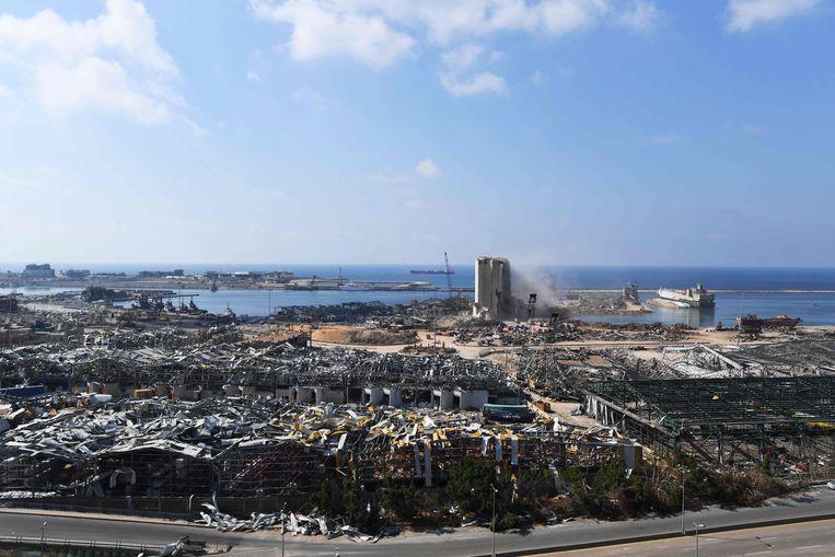 De verwoeste haven van Beiroet. Beeld AFP