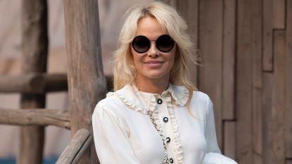 """Pamela Anderson spreekt zich uit tegen #MeToo-beweging: """"Ga gewoon niet naar een hotel met een vreemde"""""""