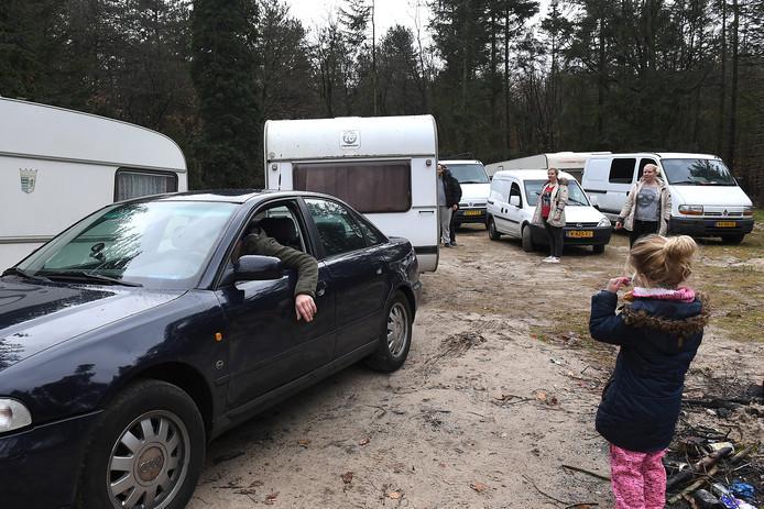 Woonwagenbewoners (Reizigers) die het oude kamp in Mill weer hadden bezet, zijn vertrokken.