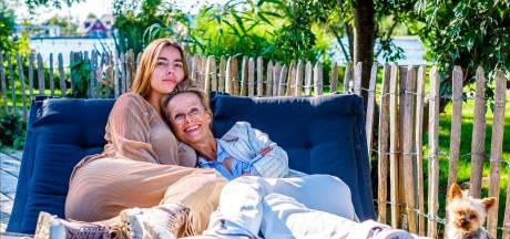 Vlogger Jipp Heldoorn praat met moeder Lou over het moederschap, ondernemen en geluk