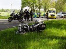 Motorrijders gewond bij ongeval op N315, weg tussen Zelhem en Doetinchem tijdelijk afgesloten