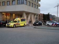 Botsing op kruising Operaweg en Hogeweg in Amersfoort: één gewonde naar het ziekenhuis