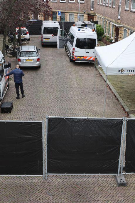 """Buurt geschokt door overleden persoon Wognumstraat: """"Er was wat aan de hand"""""""