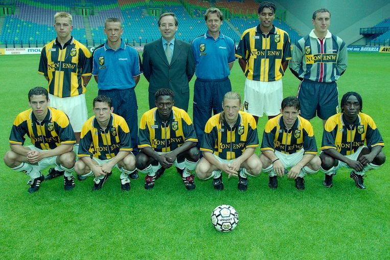 Edward Sturing samen met de nieuwe aanwinst van Vitesse. Beeld Stanley Gontha