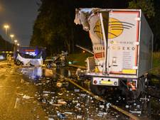 A20 vanuit Gouda zeker tot 2 uur dicht, vrachtwagenchauffeur zwaargewond