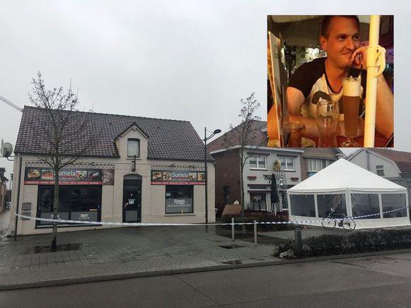 Toen het slachtoffer het café verliet, stopte er een wagen. Vier jongemannen stapten uit, minstens één van hen sloeg een fles kapot op Toms hoofd.