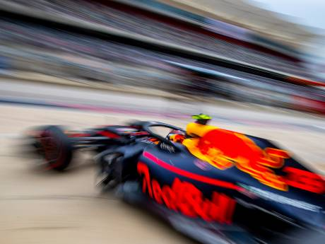 Titeljacht Hamilton start van pole, Verstappen na mankement op P13