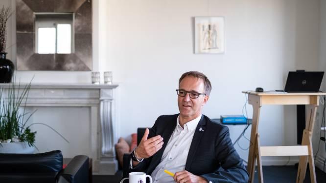 """Rector Rik Van de Walle trekt ten strijde tegen 'pamperverwijten': """"Stop met de problemen van studenten te miskennen"""""""